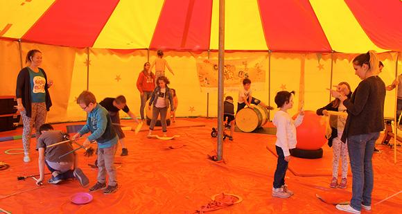 Initiations aux techniques du cirque
